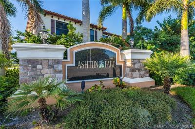 Coconut Creek Condo For Sale: 4035 Devenshire Ct #4035