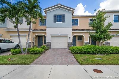 Miami Condo For Sale: 443 NE 194th Terrace