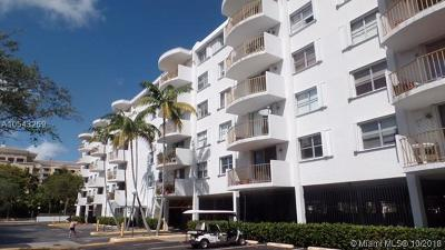 Key Biscayne Condo For Sale: 210 Seaview Dr #303