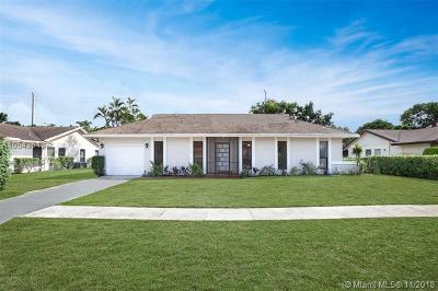 Delray Beach Single Family Home For Sale: 6374 Moonstone Way