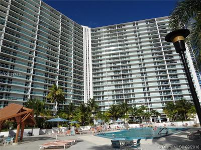 Sunny Isles Beach Condo For Sale: 100 Bayview Dr #403