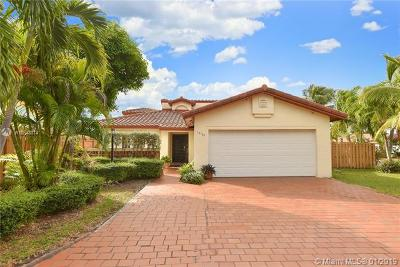Miami Single Family Home For Sale: 14750 SW 111th St