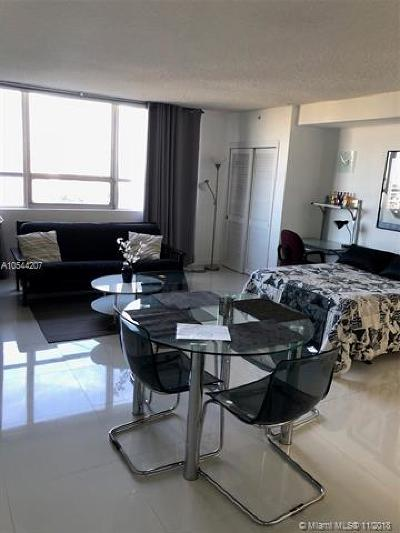 Flamingo, Flamingo South Beach, Flamingo South Beach Co., Flamingo Condo, Flamingo South Beach Cond, Flamingo South Beach I, Flamingo South Beach I Co Rental For Rent: 1500 Bay Rd #1184S