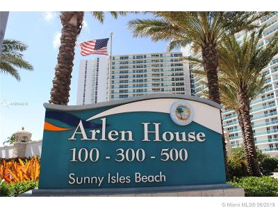 Sunny Isles Beach Condo For Sale: 100 Bayview Dr #209