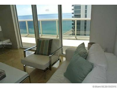 Sunny Isles Beach Condo For Sale: 15901 Collins Ave #1402