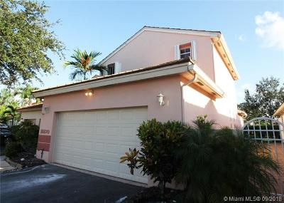 Pembroke Pines Single Family Home For Sale: 18870 NW 19th St