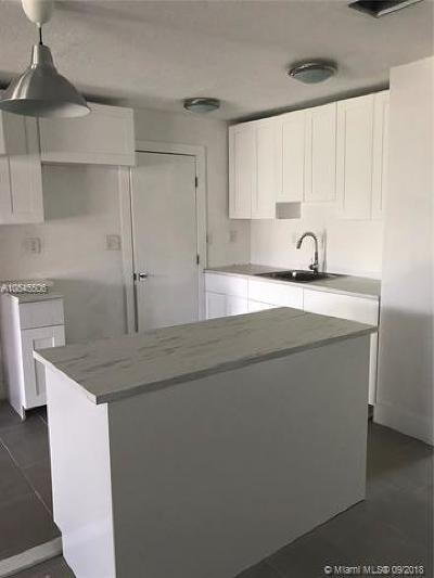 Tamarac Single Family Home For Sale: 4715 NW 50 St