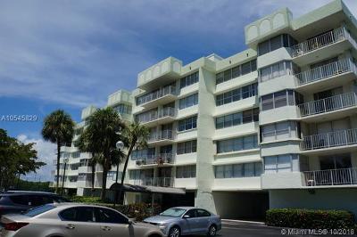 North Miami Beach Condo For Sale: 16546 NE 26th Ave #4I
