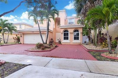Miramar Single Family Home For Sale: 15608 SW 53rd St