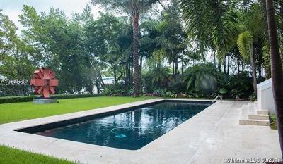 Cocoplum Single Family Home For Sale: 144 Isla Dorada Blv