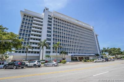 Coral Gables Condo For Sale: 700 Biltmore Way #318