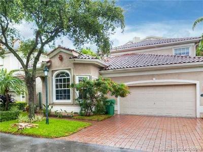 Sunny Isles Beach Single Family Home For Sale: 3976 194th Trl