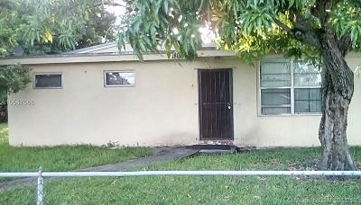 Miami Gardens Single Family Home For Sale: 18060 NW 3rd Ave