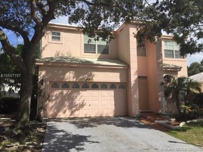 Plantation Single Family Home For Sale: 9615 NW 8th Cir