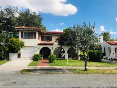 Coral Gables Single Family Home For Sale: 909 Granada Groves Ct