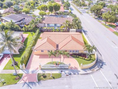 Miami Single Family Home For Sale: 12660 SW 20th St