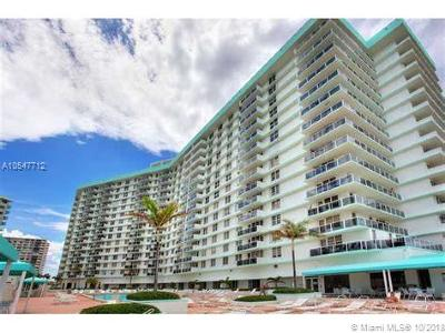 Hollywood Condo For Sale: 3725 S Ocean Dr #708