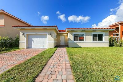 Palmetto Bay Single Family Home For Sale: 10881 SW 181st Ter