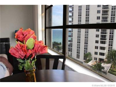 Sunny Isles Beach Condo For Sale: 19201 Collins Ave #642