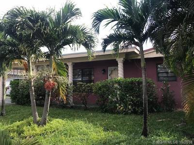 Miami Gardens Single Family Home For Sale: 17211 NW 42nd Pl