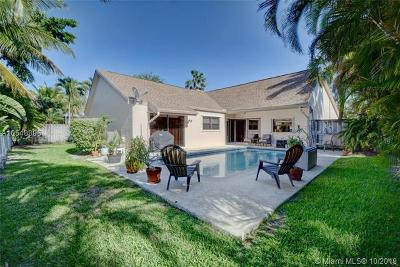 Weston Single Family Home Active With Contract: 16821 Royal Poinciana Dr