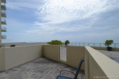 Sunny Isles Beach Condo For Sale: 16699 Collins Ave #CABANA01