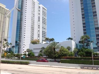 Sunny Isles Beach Condo For Sale: 16485 Collins Ave #332