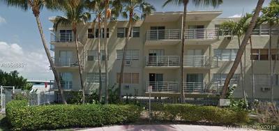 Miami Beach Condo For Sale: 1441 Lincoln Rd #414