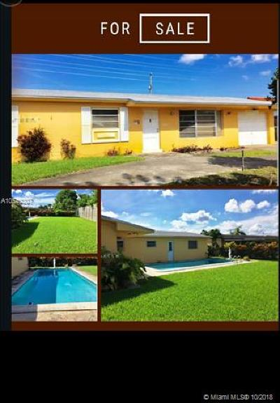 Hialeah Single Family Home For Sale: 7860 W 18 Ln