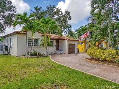 Miami Springs Single Family Home For Sale: 560 Forrest Dr