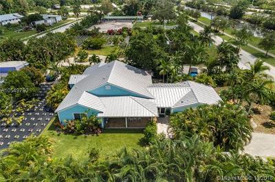 Davie Single Family Home For Sale: 11400 Orange Dr