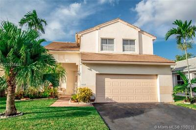 Pembroke Pines Single Family Home For Sale: 18525 NW 22nd Ct