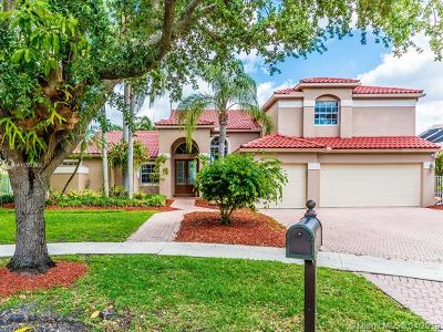 Cooper City Single Family Home For Sale: 10883 Denver Dr