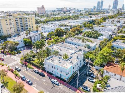 Miami Beach Condo For Sale: 1056 Jefferson Av #15