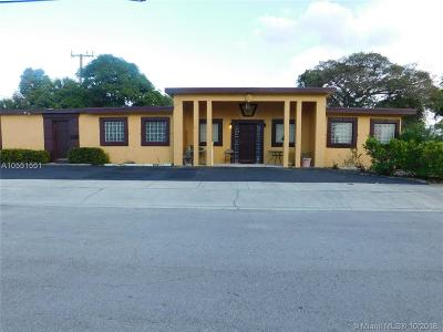 West Palm Beach FL Multi Family Home For Sale: $279,000