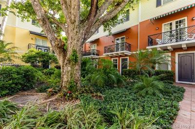 Wilton Manors Condo For Sale: 2269 NE 9th Ave #2269