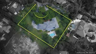Pinecrest Single Family Home For Sale: 5995 SW 130th Ter