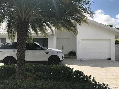 Miami Single Family Home For Sale: 14220 SW 39th St