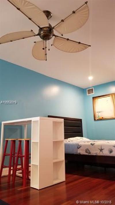 Miami Beach Condo For Sale: 1340 Drexel Ave #405