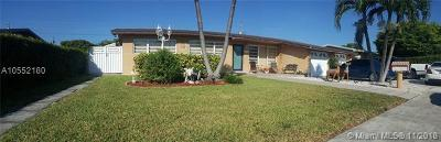 Hialeah Single Family Home For Sale: 4590 W 8th Pl