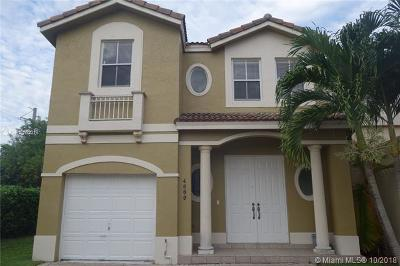Doral Single Family Home For Sale: 4889 NW 108th Path
