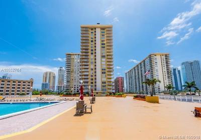 Sunny Isles Beach Condo For Sale: 231 174th St #703