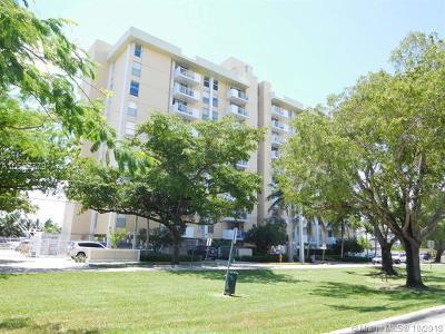 North Miami Condo For Sale: 2020 NE 135th St #701