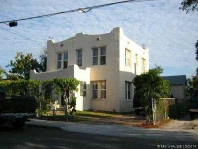 West Palm Beach FL Multi Family Home For Sale: $125,000