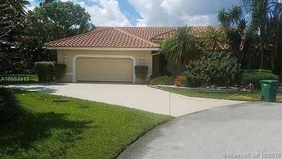 Tamarac Single Family Home For Sale: 8718 NW 76th Ct