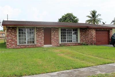 Sunrise Single Family Home For Sale: 3600 NW 113th Ave