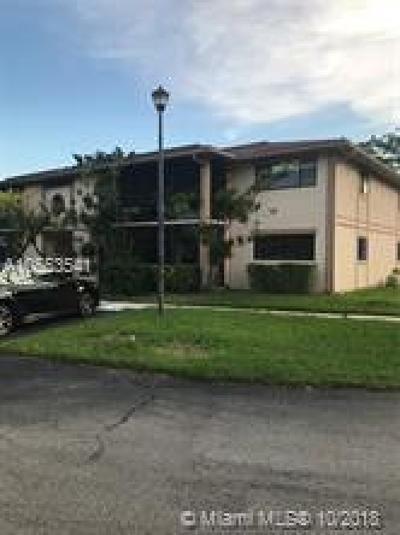 Miami Condo For Sale: 821 NE 199th St #104-11
