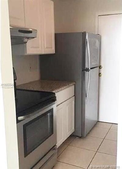 North Miami Condo For Sale: 2350 NE 135th St #1111