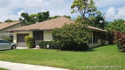 Delray Beach Single Family Home For Sale: 2787 Carnation Ct