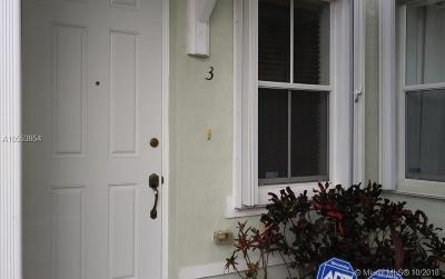 Homestead Condo For Sale: 2932 SE 2nd Dr #3